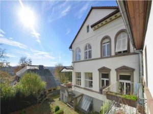 Objekt-Nr. E-1207: Pforzheim, Denkmalgeschützte Jugendstillvilla mit Nebengebäude - KP Euro 890.000,00 VHB