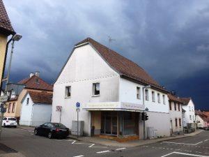 Objekt-Nr. E-1194 – Wohn- und Geschäftshaus in Pforzheim-Huchenfeld