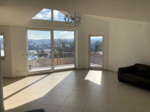 "Objekt-Nr.: E-1267 - PF-Nähe ""Siloah"" Krankenhaus! Penthouse-Maisonette-Wohnung in Top-Aussichtslage! - Kaufpreis: 750.000 €"