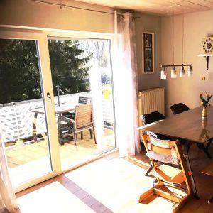 Objekt-Nr.: E-1273 - Mühlacker-Enzberg! Gemütliche 3-Zimmer-DG-ETW mit Balkon, TG- und Außenstellplatz! Kaufpreis: 255.000 €